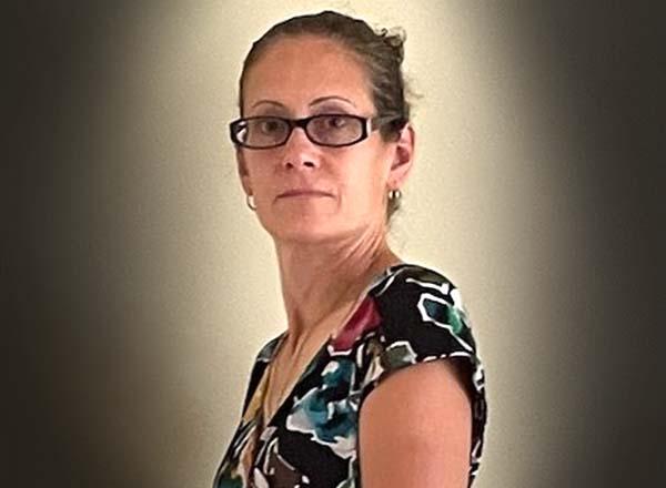Headshot of Dr. Carolyn Casale