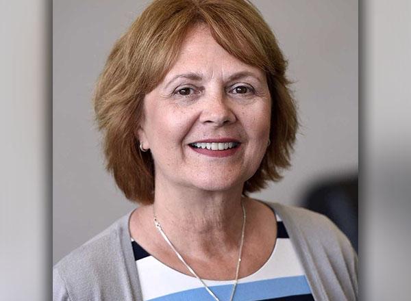 A headshot of Victoria Swiencicki.
