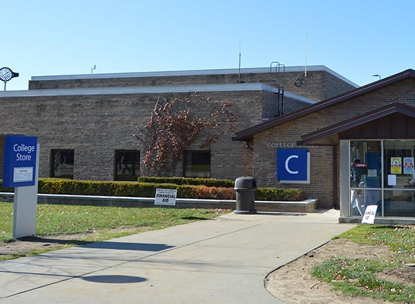 An image of HFC's College Store exterior.