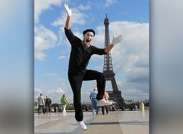 JJ the Mime in front of the Eiffel Tower in Paris