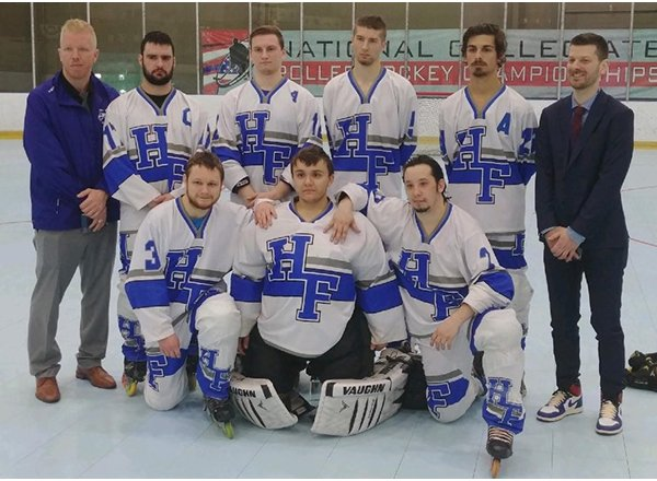 Group photo of HFC Roller Hockey Club