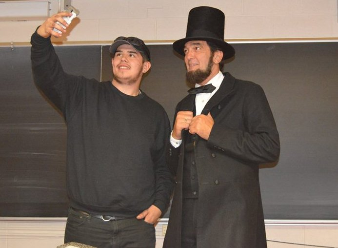 Lincoln impersonator Ron Carley with HFC student